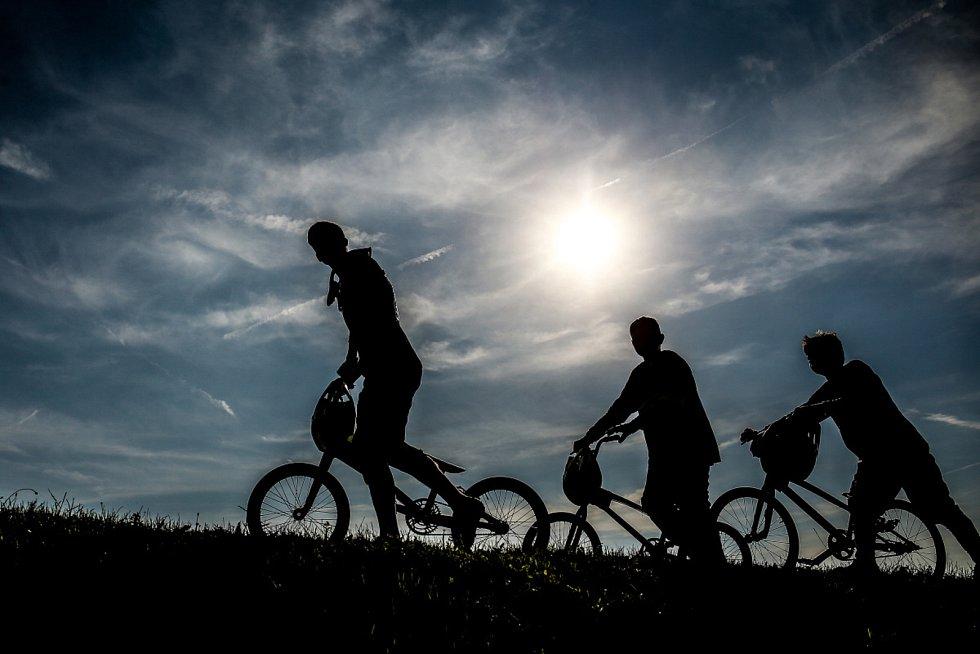 Benátky nad Jizerou mají jeden z největších klubů v republice. Je v něm zhruba 70 závodníků, z toho šedesát aktivních. 45 z nich tvoří jezdci kolem 15 let.
