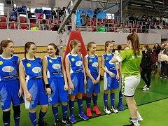 Z velikonočního turnaje v Ostravě si přivezly hráčky celku U15 medaile.