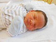 Marek Lux přišel na svět 30. prosince s mírami 3,5 kg a 48 cm. Maminka Daniela a tatínek Pavel si ho odvezou domů do Bechova.