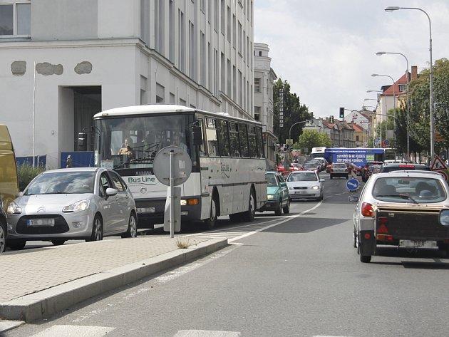 Provoz aut v Mladé Boleslavi. Ilustrační foto