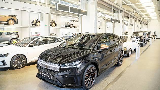 Ve Škoda Muzeu je nyní vystavená nová Škoda Enyaq iV.