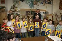 Děti ze základní umělecké školy pomohly klientům Centra 83