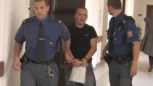 Obžalovamý Stezka u soudu v Mladé Boleslavi