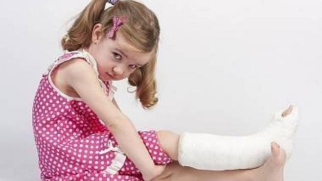 Zlomeniny patří k nejčastějším dětským úrazům
