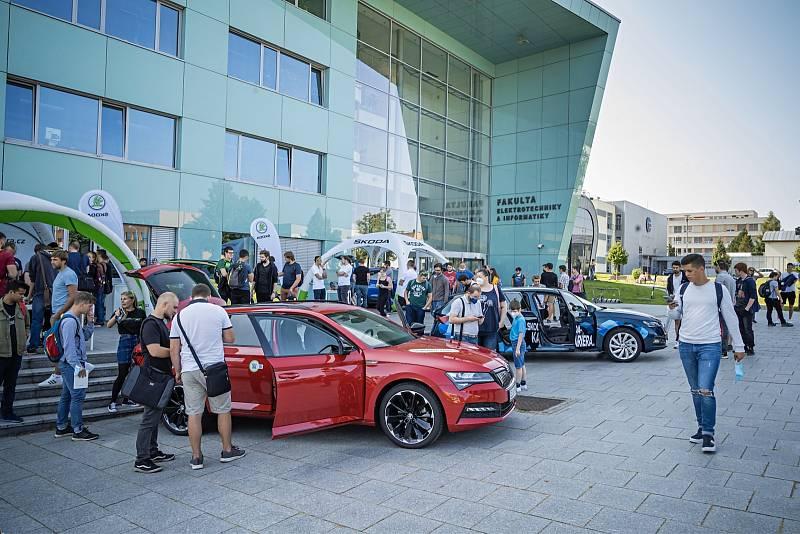Roadshow Škoda iV Day na Univerzitě Pardubice.