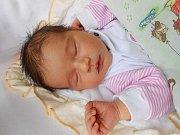 Veronika Kynclová se narodila 30. dubna, vážila 3,79 kg a měřila 51 cm. S maminkou Lenkou a tatínkem Josefem bude bydlet ve Všejanech, kde už se na ni těší sestřičky Nikolka a Klárka.