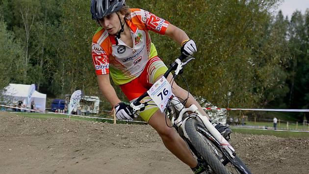 Jakub Šulc v plné jízdě na horském kole
