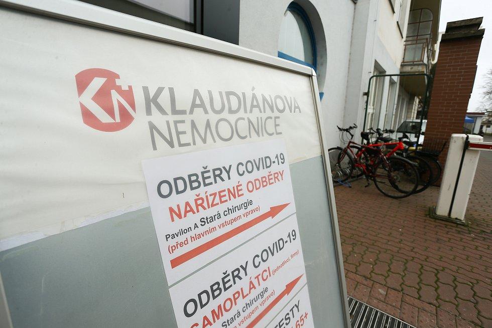 Tabule odběrového místa v Klaudiánově nemocnici Mladá Boleslav