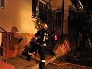 S čerty a Mikulášem vtrhly do Kolomut i plameny. Hasiči je likvidovali v kotelně místního řadového domu.