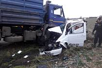 Smrtelná dopravní nehoda se stala po sedmé hodině ranní
