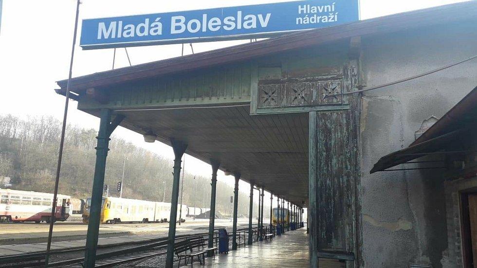 Hlavní nádraží Mladá Boleslav.