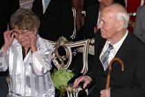 Manželé Pospíšilovi na diamantové svatbě