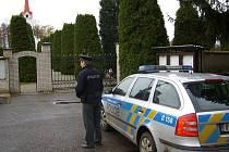 Prevence u hřbitovů na Dušičky, policie