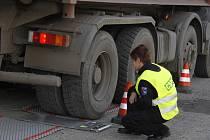 Vážení kamionů s řepou nedopadlo dobře