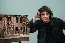 Výtvarník David Černý představil v Mladé Boleslavi svou výstavu