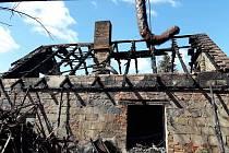 Oheň zachvátil objekt ve Vanovicích v sobotu 14. března brzy ráno.