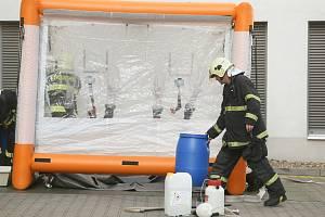 Ebola chyby neodpouští. Záchranáři měli cvičení