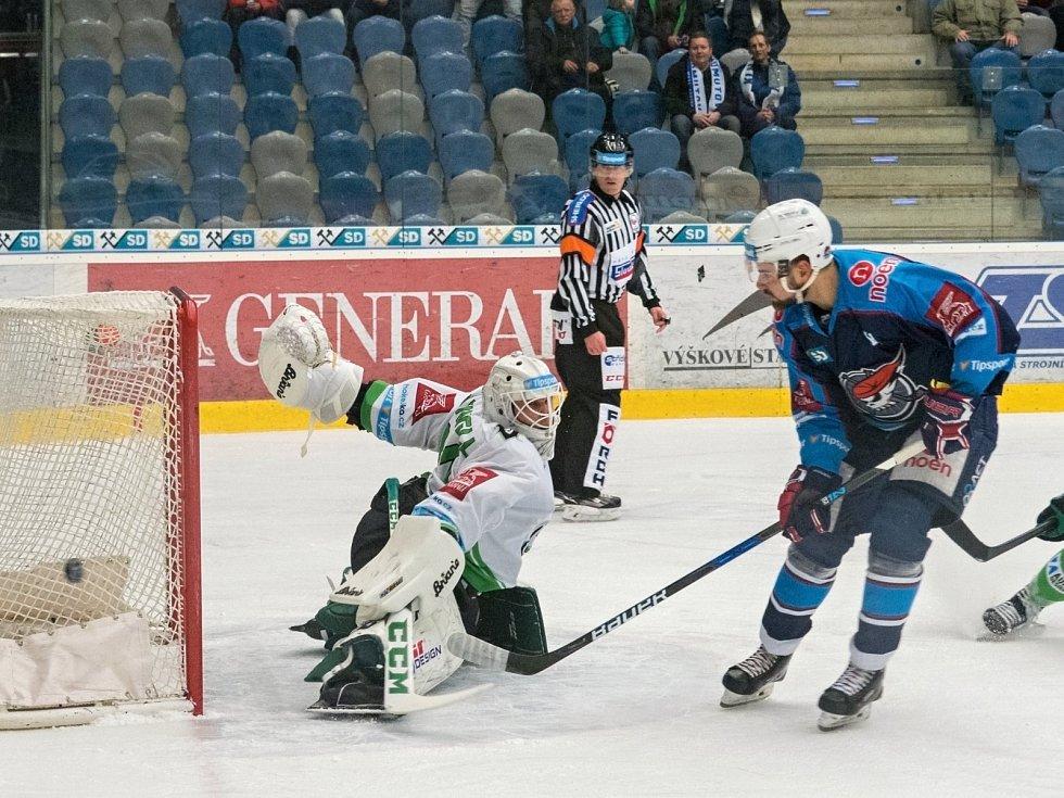 Boleslav vyhrála v Chomutově hlavně zásluhou skvělého výkonu brankáře Maxwella.