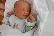 SEBASTIÁN Šipoš  se narodil 17. prosince s mírami 3,6 kilogramů a 51 centimetrů. S maminkou Gabrielou a tatínkem Radkem bude bydlet v Mladé Boleslavi, kde se na něho těší bratříček Maxík