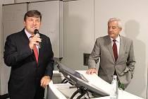 Ministr zdravotnictví Leoš Heger při návštěvě Mladé Boleslavi.