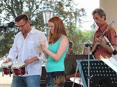 Jazzcombo strýce Michaela W. rozparádilo v pátek návštěvníky bělského náměstí