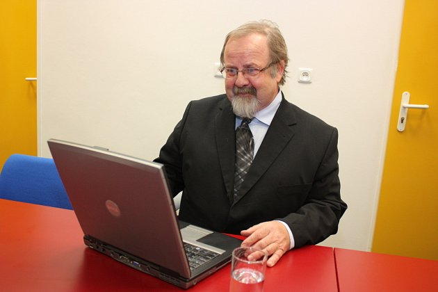 Ředitel Klaudiánovy nemocnice Josef Langer.