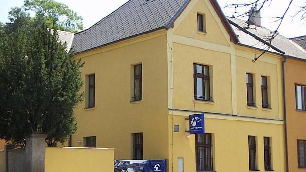 Občanské sdružení Semiramis sídlí na Ptácké ulici v Mladé Boleslavi.