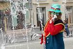 Konkurz na vodníka pro Jizeru na Staroměstské náměstí v Mladé Boleslavi.