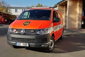 Profesionální hasiči ve Staré Boleslavi převzali nové zásahové vozidlo.