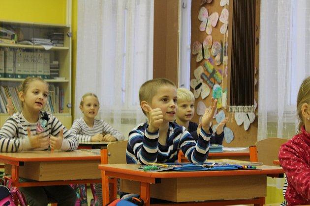 Třída 1.AMasarykovy základní školy a Mateřské školy Debř.