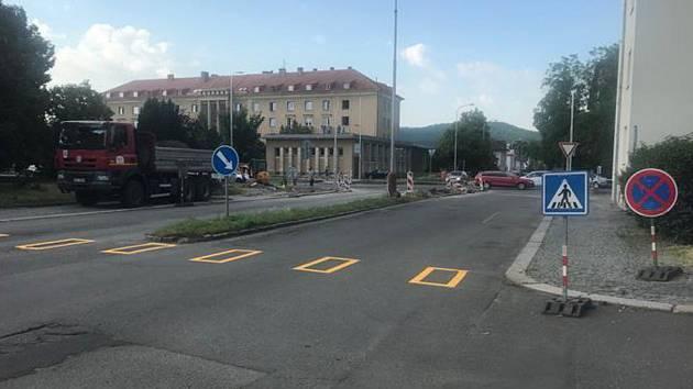 Křižovatka ulic Jilemnického a Jičínská
