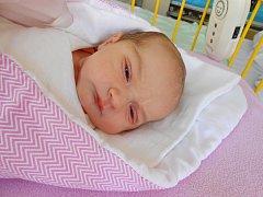 Rozálie Kryštofková se narodila 1. září, vážila 3,42 kg a měřila 52 cm. S maminkou Michaelou a tatínkem Petrem bude bydlet v Dolním Bousově, kde už se na ni těší bráškové Kubík a Honzík.