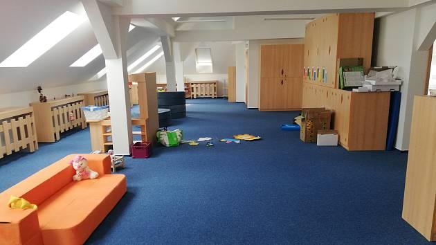 Práce na nových prostorách školky v Dolních Stakorách