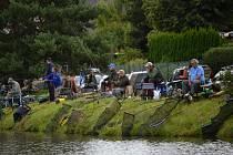 Z rybářských závodů v Bakově nad Jizerou