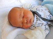 Jakub Rudiš se narodil 24. února, vážil 4,23 kg a měřil 51 cm. Maminka Martina a tatínek Jakub si ho odvezou domů do Bezna.