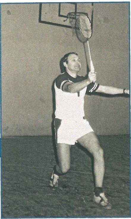 Petr Keller, jeden ze zakladatelů benáteckého badmintonového klubu, jeho trenér a předseda.