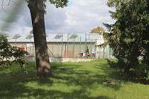 Hala u průmyslové školy v Mladé Boleslavi, ve které se bude pořádat Makers Faire