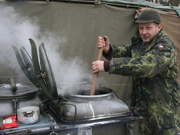 Dny vojenské techniky v Bítouchově.