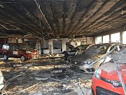 Z požáru v kolínské továrně