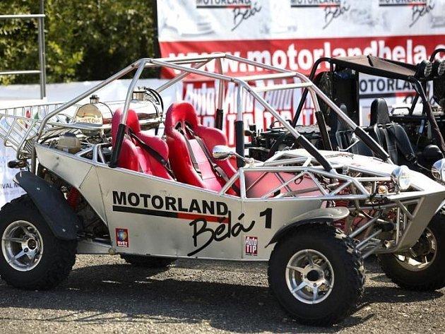 Auto, ve kterém se můžete v Motorlandu projet