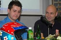Zpěvák Daniel Landa a jeho spolujezdec v rally Jan Škaloud z Mladé Boleslavi.