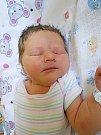 Anna Bösová se narodila 29. června, vážila 4,12 kg a měřila 52 cm. S maminkou Hanou a tatínkem Lukášem bude bydlet v Michalovicích.