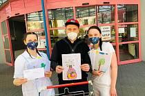 Z předání dárků pro lékaře a sestřičky z mladoboleslavské chirurgie