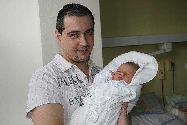 Melánia Bekečová se narodila 22. února mamince Anně a tatínku Vladimírovi, měla 3,1 kilogramů a 48 centimetrů. Rodina bydlí v Mladé Boleslavi.