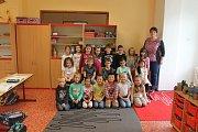 Žáci 1.C ZŠ Bakov nad Jizerou, třídní učitelka Eva Ernestová
