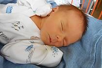 Hugo Suchomel přišel na svět 16. listopadu s mírami 3,23 kg a 51 cm. S maminkou Annou a tatínkem Miroslavem bude bydlet v Dobrovici.