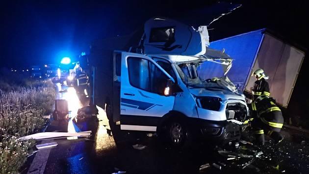 K vážné dopravní nehodě došlo nad ránem u Vlkavy.