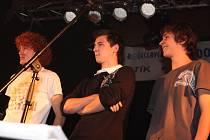 Na druhém místě v anketě popularity Mladoboleslavska - Otík 2008 - skončila skupina mladíků - Kočky neberem.