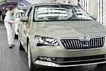 Škoda Superb slaví jubileum, z linky sjelo 500 tisíc vozů modelu.