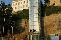 Výtah v Ptácké ulici v Mladé Boleslavi.